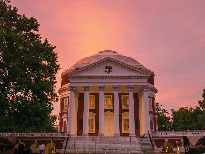 Visit with your University of Virginia Student for UVA parents weekend from a Guesthouses property in Charlottesville, Virginia