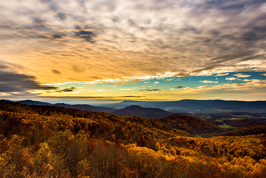 Beautiful Shenandoah National Park near Charlottesville, the perfect compliment to your stay at a Guesthouses property