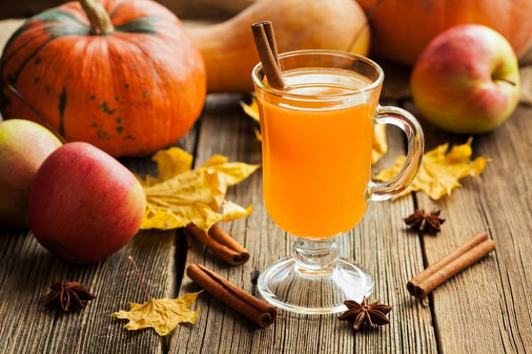 Apples and cider in the fall