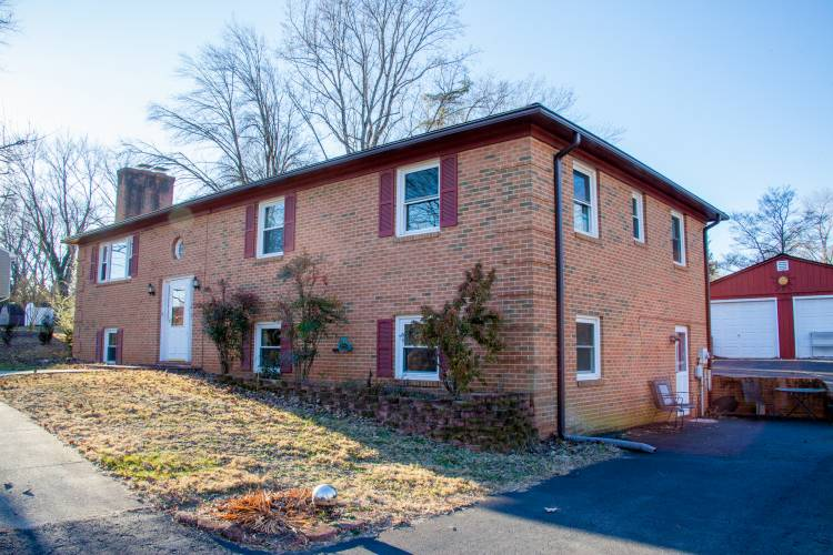 Hunting-One Bedroom Apartment Extended Stays in Charlottesville